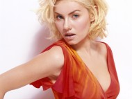 HQ Elisha Cuthbert  / Celebrities Female