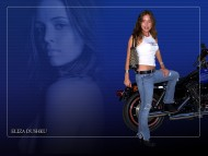Eliza Dushku / Celebrities Female