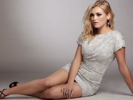 Eliza Taylor / Celebrities Female
