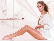 white / Elizabeth Berkley