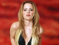 Emma Caulfield / Celebrities Female