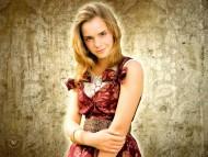 Emma Watson / Celebrities Female