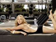 Estella Warren / Celebrities Female