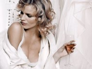 Download Eva Herzigova / Celebrities Female