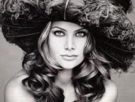model / Evelina Manna