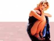 Faith Hill / Celebrities Female