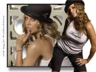 in hat / Fergie