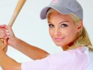 Baseball swing / Franziska Facella