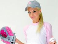 Pink baseball glove / Franziska Facella
