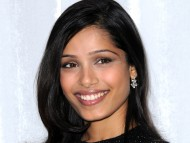 Freida Pinto / Celebrities Female