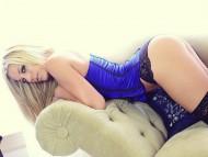 Gisele Love / Celebrities Female