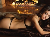 Grace Park / Celebrities Female