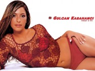 Gulcan Karahanci / Celebrities Female