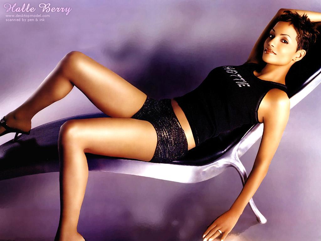 Download Halle Berry / Celebrities Female wallpaper / 1024x768