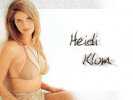 Heidi Klum / Celebrities Female
