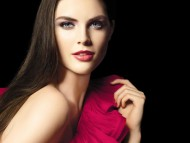 Hilary Rhoda / Celebrities Female
