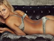 Hunter McCloud / Celebrities Female