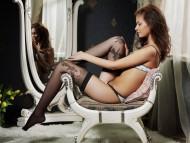 Download Irina J / Celebrities Female