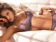 Irina Shayk / Celebrities Female