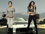 Irina Shayk & Chrissy Teigen / Irina Shayk