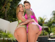 Download Jada Stevens & Bella Bellz / Jada Stevens