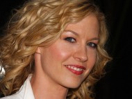 Jenna Elfman / Celebrities Female