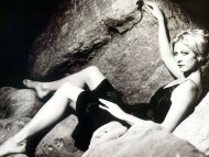 Jenna Elfman / Celebrities Female