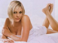 Jenni Falconer / Celebrities Female