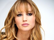 Jennifer Lawrence / Celebrities Female