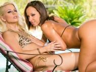 Jada Stevens & Jessie Volt / Jessie Volt