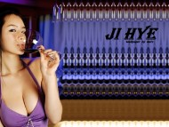 Ji Hye / Celebrities Female
