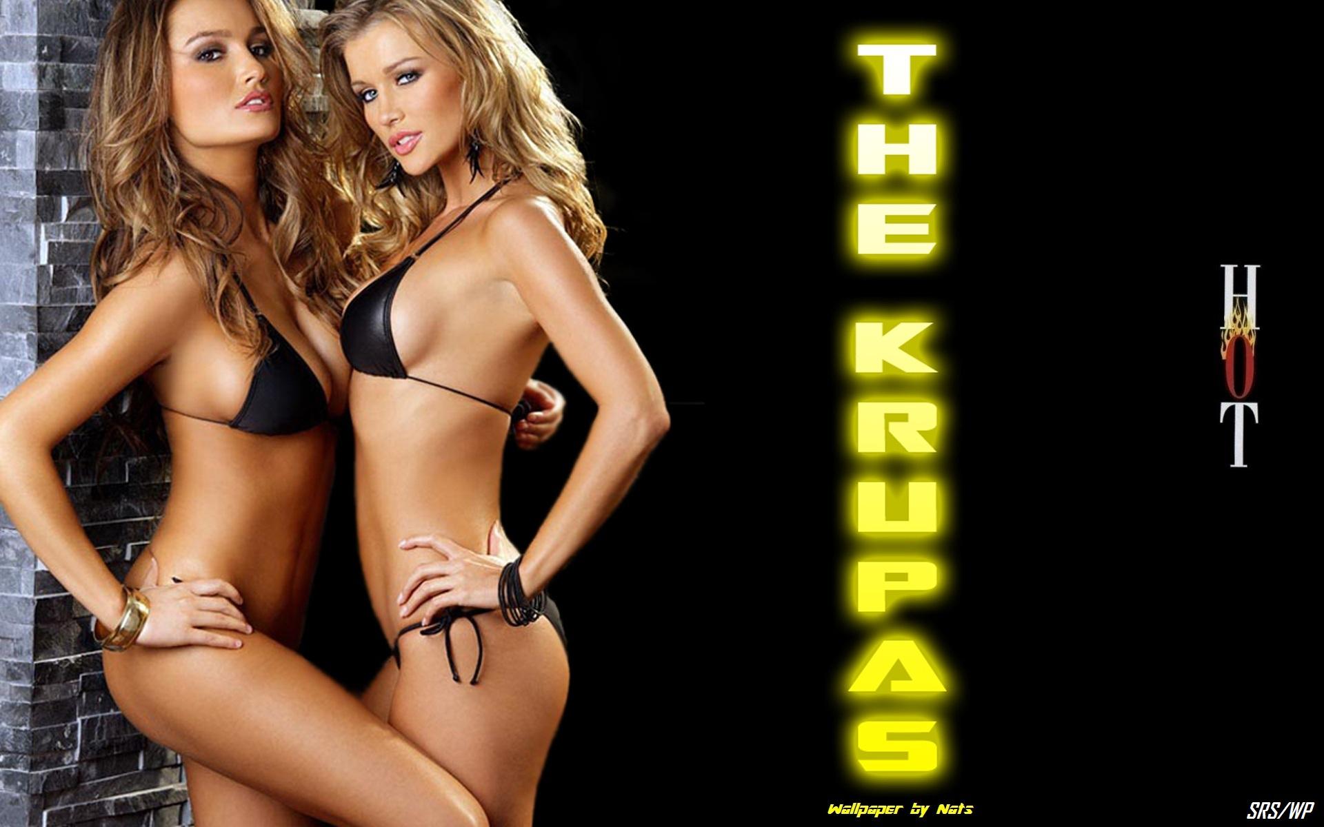joanna and marta krupa nude