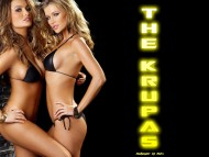 Joanna & Marta Krupa / HQ Celebrities Female