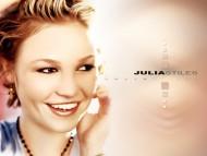 Julia Stiles / Celebrities Female