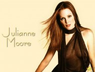 Download Julianne Moore / Celebrities Female