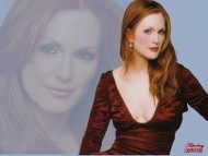 Julianne Moore / Celebrities Female