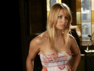 Kaley Cuoco / Celebrities Female