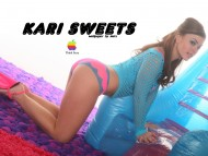 Kari Sweets / Celebrities Female