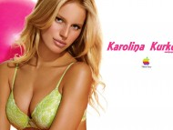 Karolina Kurkova / Celebrities Female