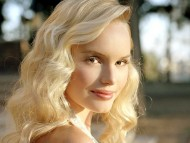 look back / Kate Bosworth