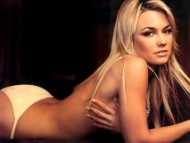 Kelly Carlson / Celebrities Female