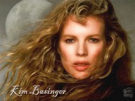 Download Kim Basinger / Celebrities Female