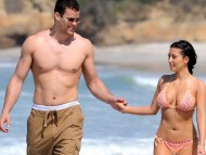 Chris Humphries, NJ Nets, with Kim Kardashian / Kim Kardashian