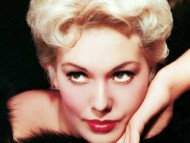 HQ Kim Novak  / Celebrities Female