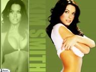 Kim Smith / Celebrities Female