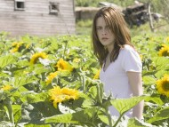 outdoor / Kristen Stewart
