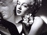 Lana Turner / Celebrities Female