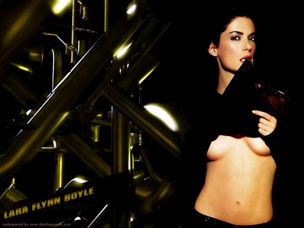 Download Lara Flynn Boyle / Celebrities Female wallpaper / 1024x768