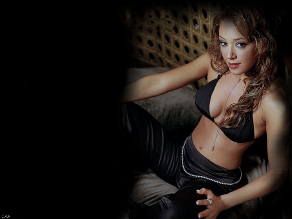 Full Size Leah Remini Wallpaper Celebrities Female