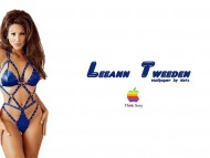 Leeann Tweeden / Celebrities Female